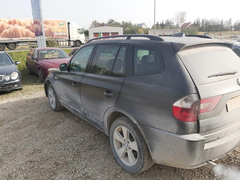 Naudotos automobiliu dallys Foto 10 BMW X3 2006 2.0 Mechaninė Visureigis 4/5 d. Juoda 2020-10-01 A5705