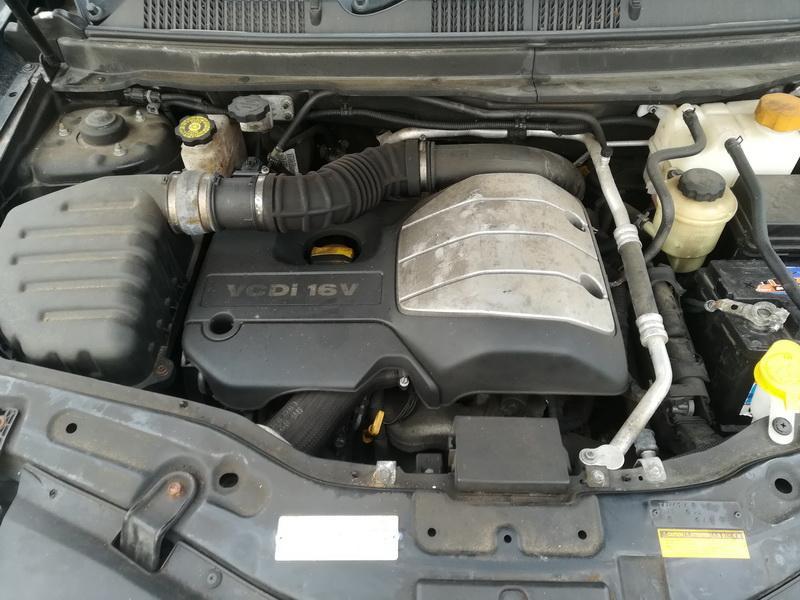 Naudotos automobiliu dallys Foto 2 Chevrolet CAPTIVA 2011 2.0 Mechaninė Visureigis 4/5 d. Juoda 2019-10-28 A4862