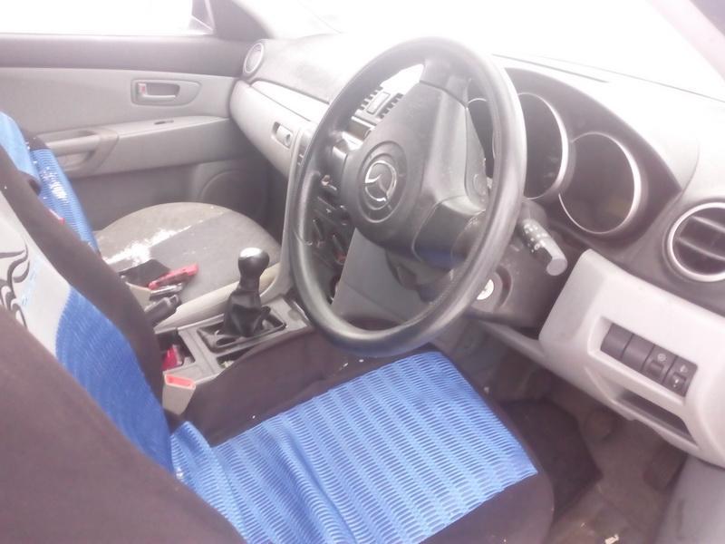 Naudotos automobilio dalys Mazda 3 2004 1.3 Mechaninė Hečbekas 4/5 d. Sidabrine 2018-2-08