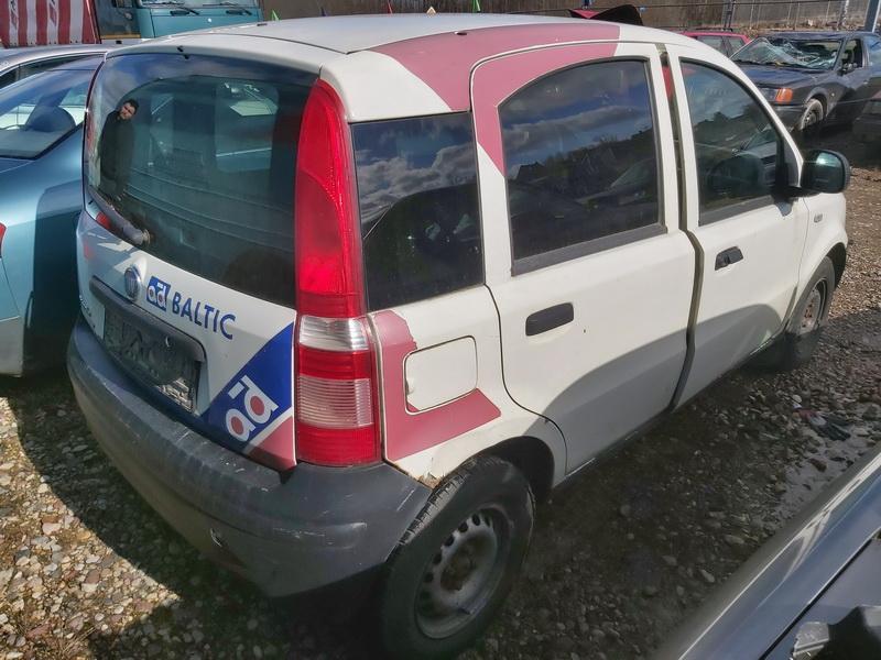Naudotos automobiliu dallys Foto 7 Fiat PANDA 2007 1.1 Mechaninė Hečbekas 4/5 d. Balta 2020-3-17 A5133