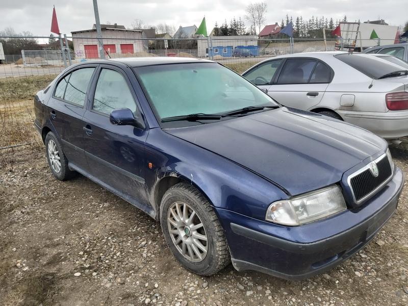 Used Car Parts Skoda OCTAVIA 1999 1.9 Mechanical Hatchback 4/5 d. Blue 2020-4-02