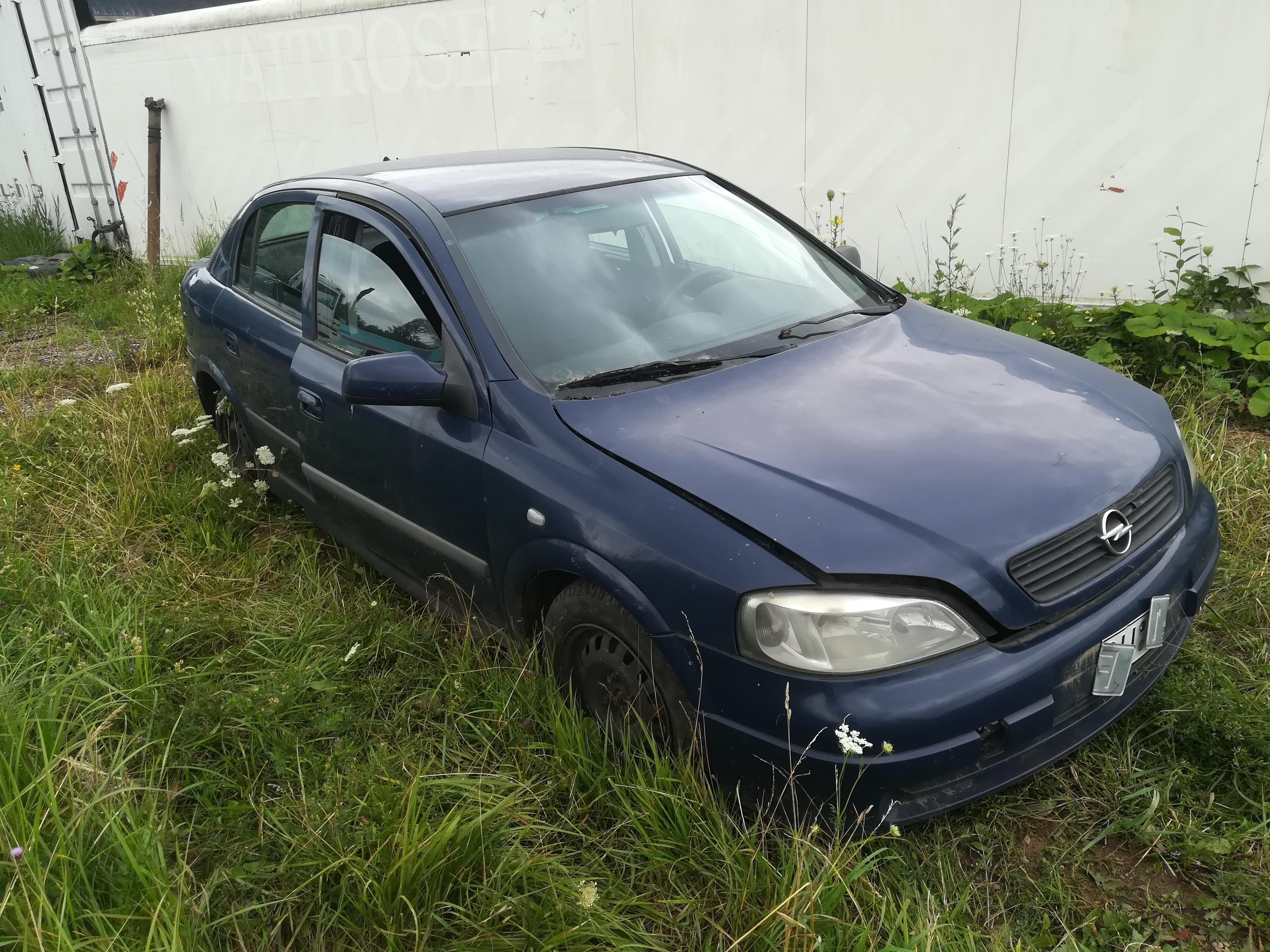 Naudotos automobiliu dallys Foto 3 Opel ASTRA 2001 1.7 Mechaninė Hečbekas 4/5 d. Melyna 2019-7-18 A4636