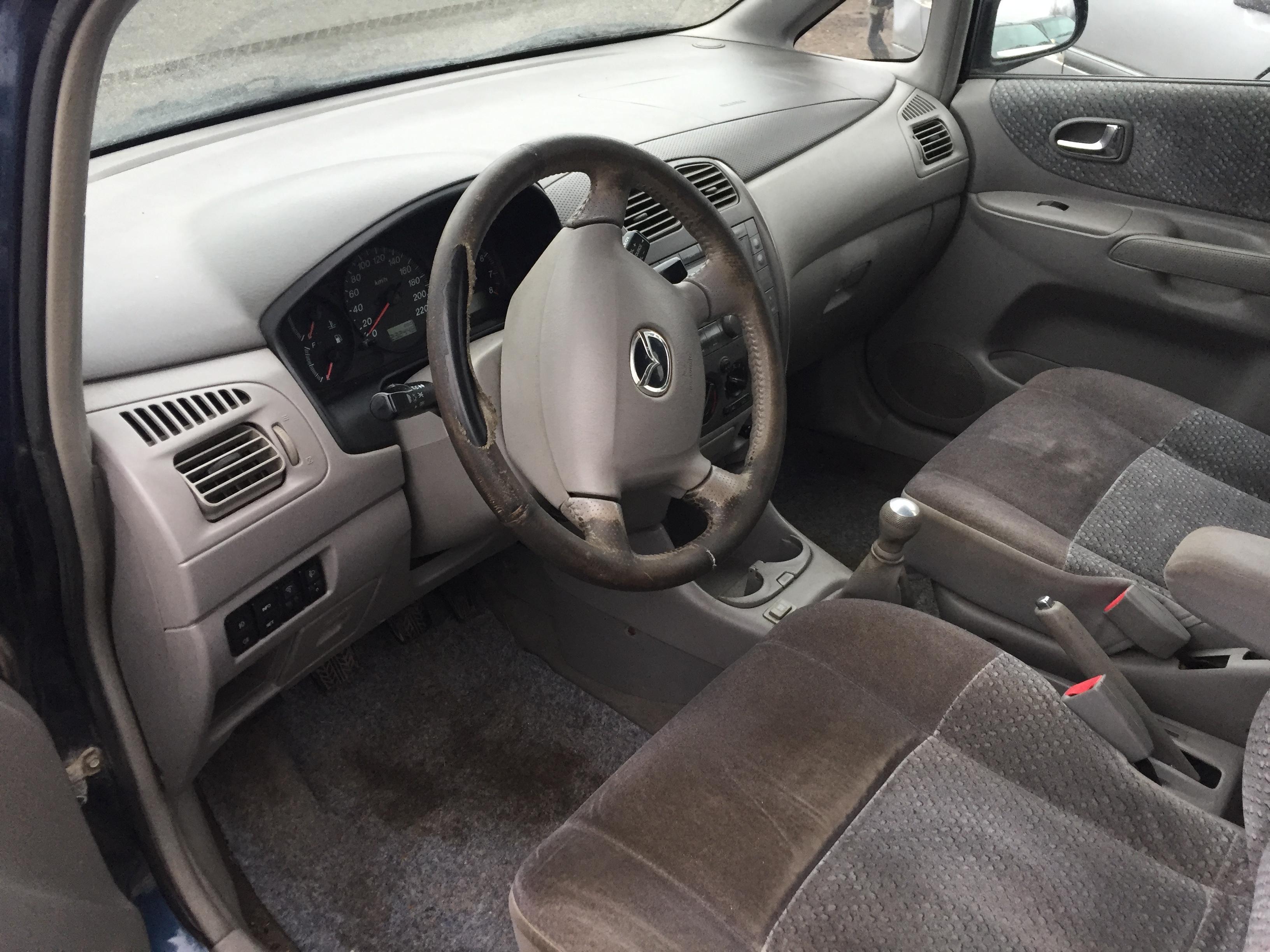 Naudotos automobilio dalys Mazda PREMACY 1999 1.8 Mechaninė Vienatūris 4/5 d. Melyna 2017-11-07