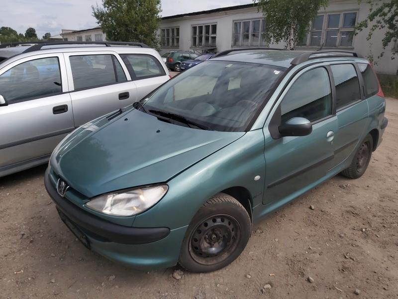 Naudotos automobiliu dallys Foto 4 Peugeot 206 2003 1.4 Mechaninė Universalas 4/5 d. Zalia 2020-7-27 A5464