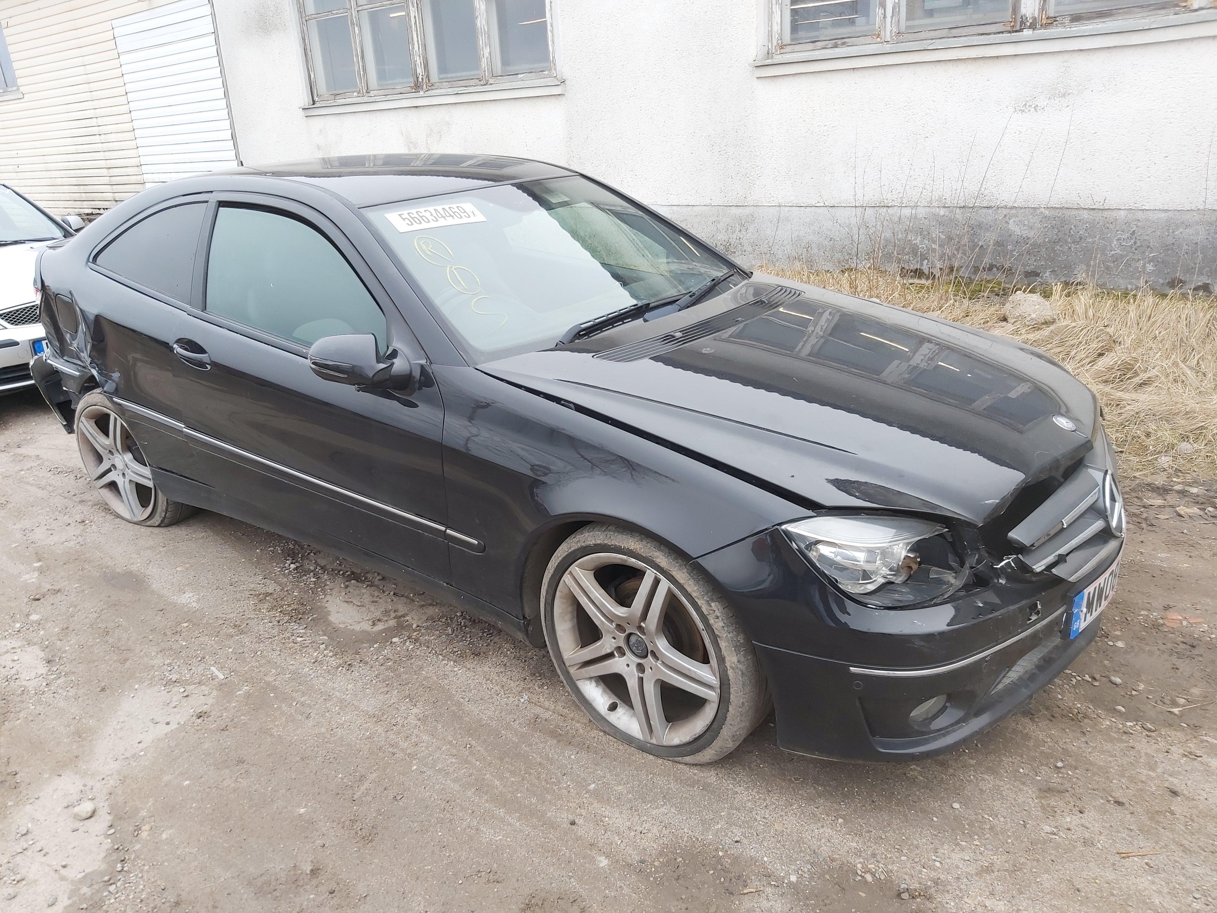 Подержанные Автозапчасти Mercedes-Benz CLC-CLASS 2008 2.2 автоматическая Купе 2/3 d. черный 2020-3-20