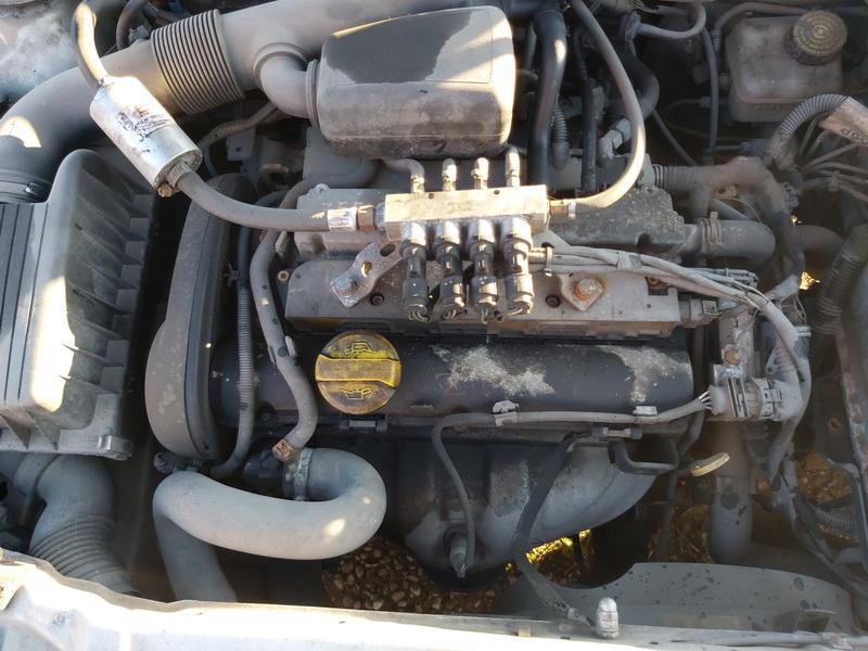 Naudotos automobiliu dallys Foto 2 Opel ASTRA 2002 1.6 Mechaninė Kabrioletas 2/3 d. Pilka 2020-10-16 A5763