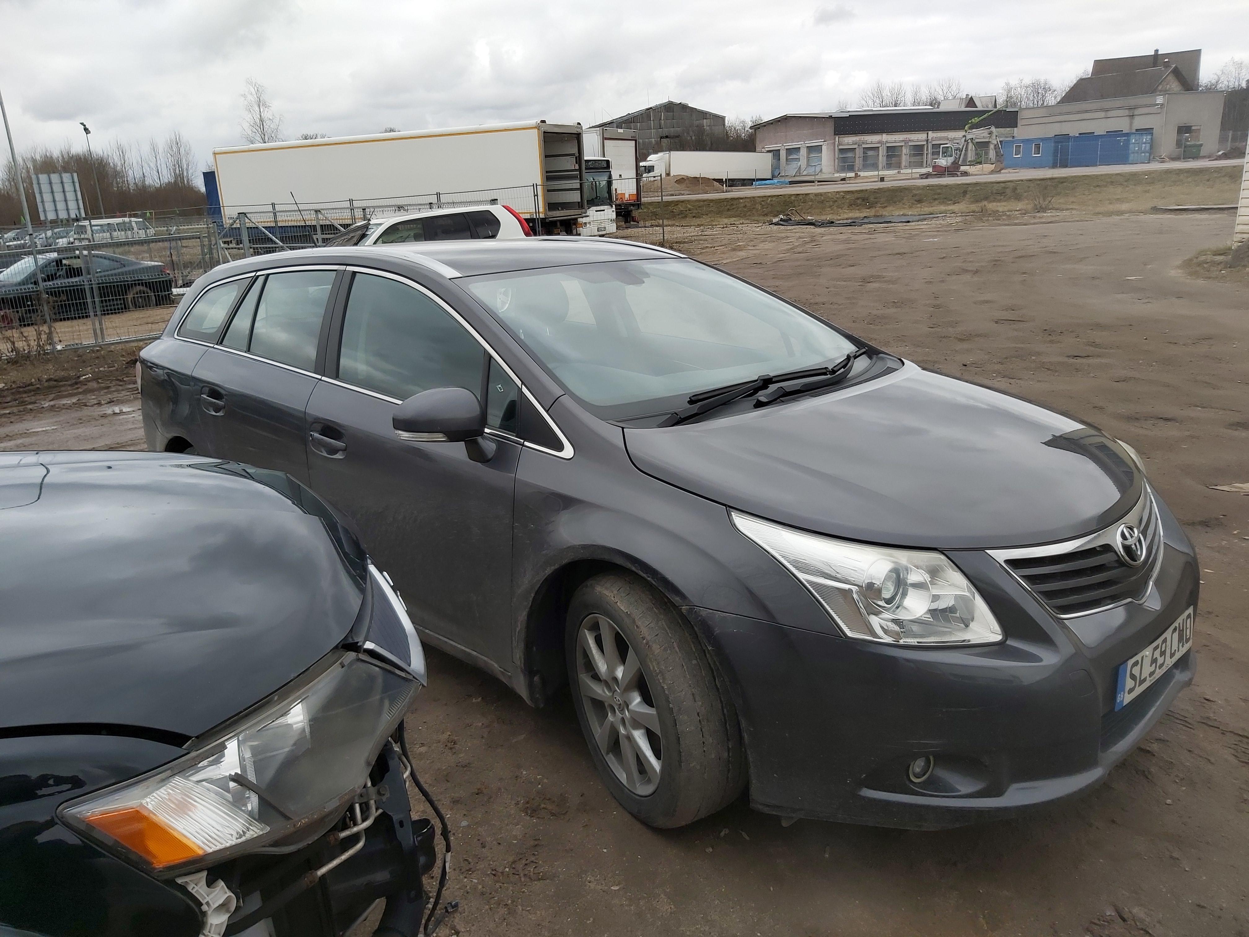 Naudotos automobilio dalys Toyota AVENSIS 2009 2.0 Mechaninė Universalas 4/5 d. Pilka 2020-2-20