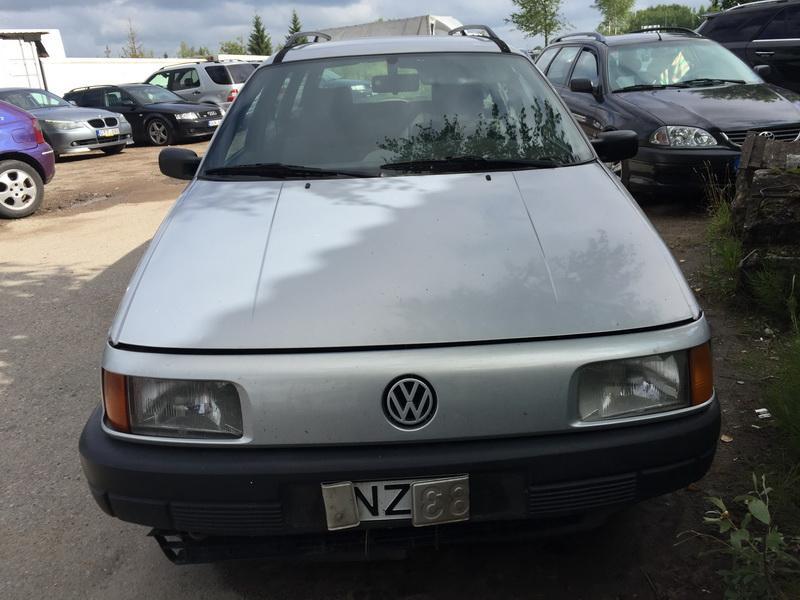 Volkswagen PASSAT 1993 1.9 машиностроение
