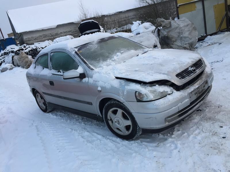 Naudotos automobiliu dallys Foto 3 Opel ASTRA 2001 1.6 Mechaninė Hečbekas 2/3 d. Sidabrine 2019-1-08 A4249