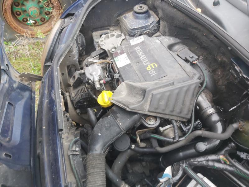 Naudotos automobiliu dallys Foto 2 Renault KANGOO 2001 1.9 Mechaninė Komercinis 4/5 d. Melyna 2020-9-14 A5662