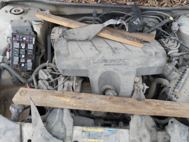Naudotos automobiliu dallys Foto 2 Buick LACROSSE 2007 3.8 Automatinė Sedanas 4/5 d. Pilka 2020-1-14 A5010
