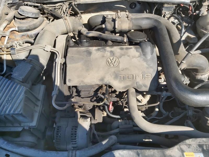 Naudotos automobiliu dallys Foto 2 Volkswagen PASSAT 1994 1.9 Mechaninė Universalas 4/5 d. Violetine 2020-3-24 A5156