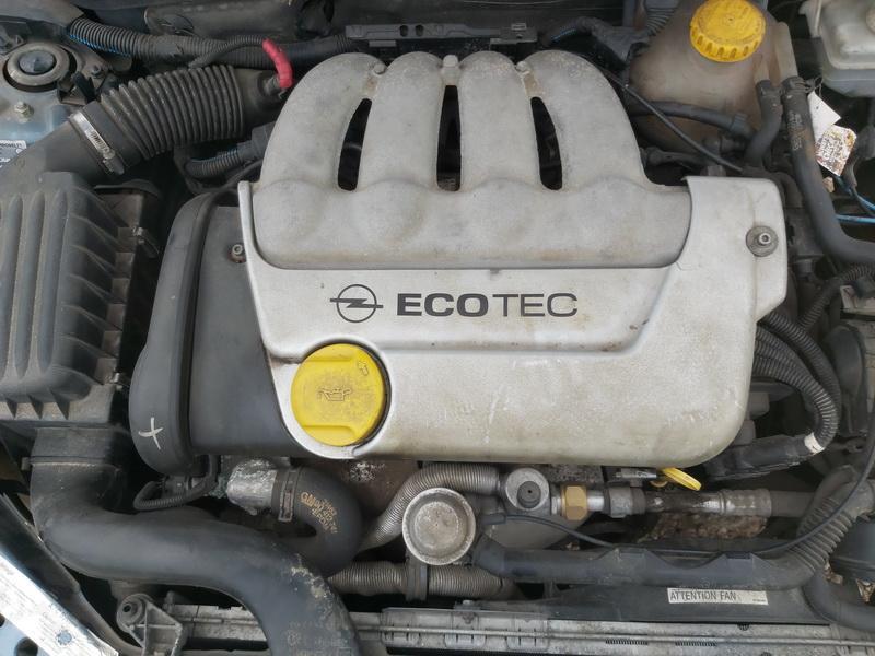 Naudotos automobiliu dallys Foto 2 Opel TIGRA 1999 1.6 Mechaninė Hečbekas 2/3 d. Melyna 2020-9-12 A5658