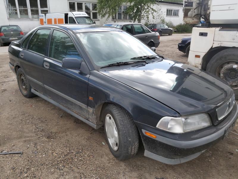 Naudotos automobilio dalys Volvo S40 1997 1.6 Mechaninė Sedanas 4/5 d. Juoda 2020-9-07