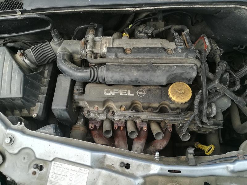 Naudotos automobiliu dallys Foto 2 Opel MERIVA 2004 1.6 Mechaninė Hečbekas 4/5 d. Sviesiai pilka 2019-6-06 A4548