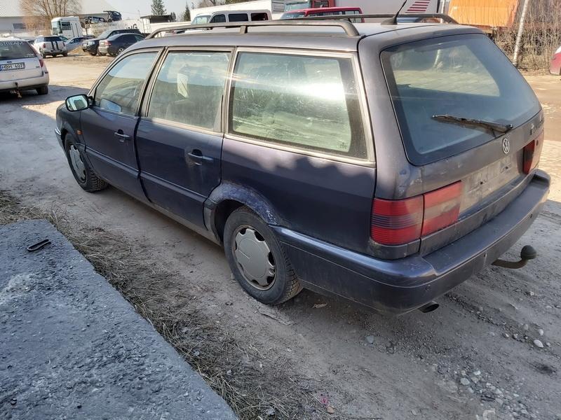 Naudotos automobiliu dallys Foto 8 Volkswagen PASSAT 1994 1.9 Mechaninė Universalas 4/5 d. Violetine 2020-3-24 A5156