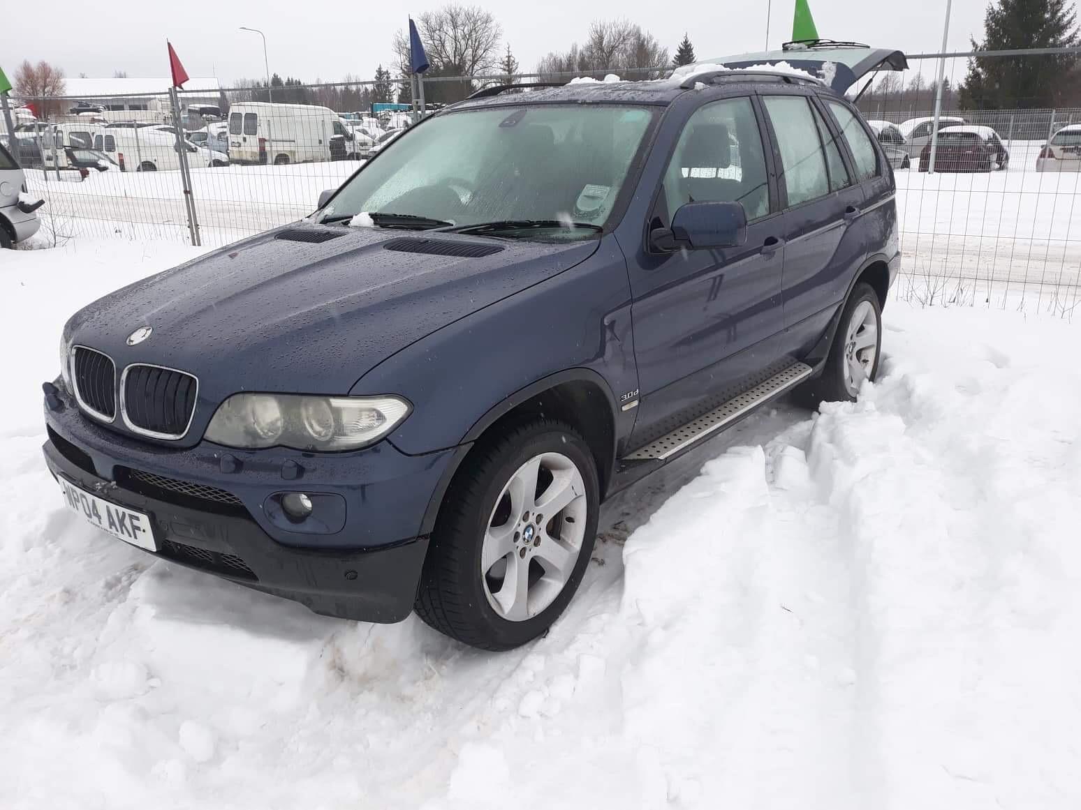 Naudotos automobiliu dallys Foto 7 BMW X5 2004 3.0 Mechaninė Visureigis 4/5 d. Melyna 2019-2-01 A4288