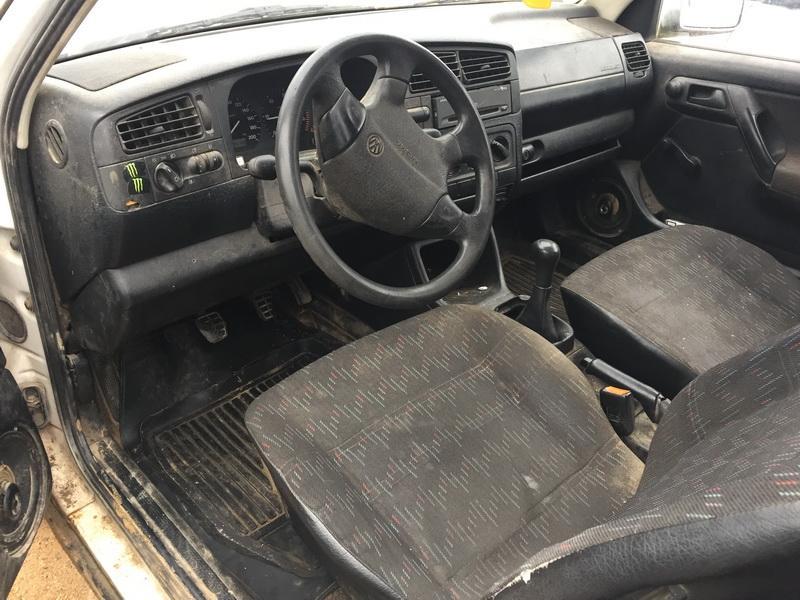 Used Car Parts Volkswagen GOLF 1995 1.9 Mechanical Hatchback 2/3 d. white 2018-10-17
