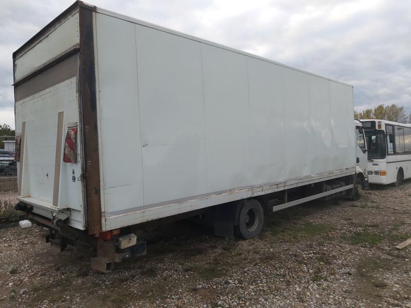 Naudotos automobiliu dallys Foto 4 Truck - Renault MIDLUM 2005 6.2 Mechaninė Sunkvezimis 2/3 d. Balta 2020-10-15 A5761