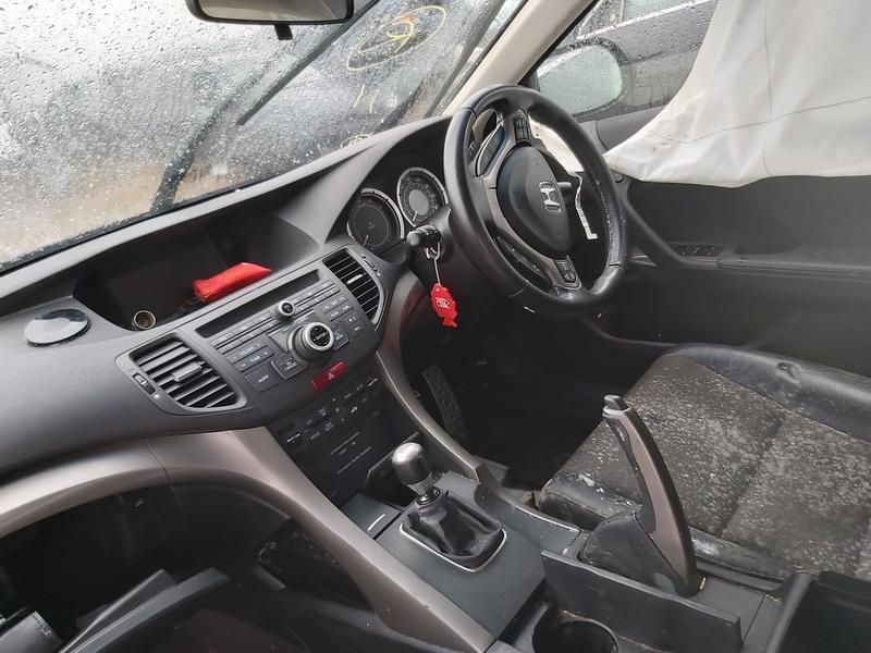 Naudotos automobilio dalys Honda ACCORD 2011 2.2 Mechaninė Sedanas 4/5 d. Pilka 2020-2-25