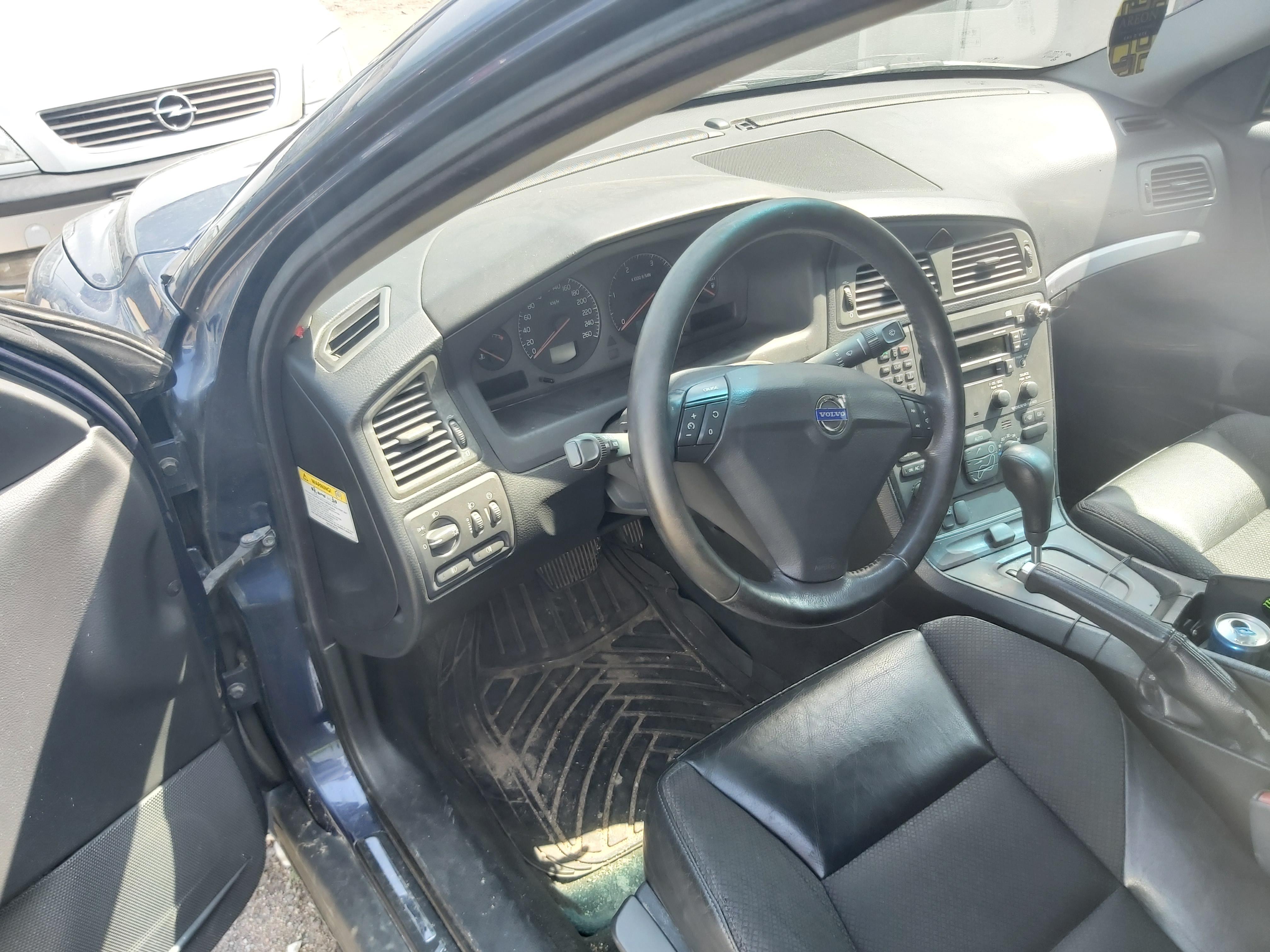 Naudotos automobilio dalys Volvo S60 2003 2.4 Automatinė Sedanas 4/5 d. Melyna 2020-6-10