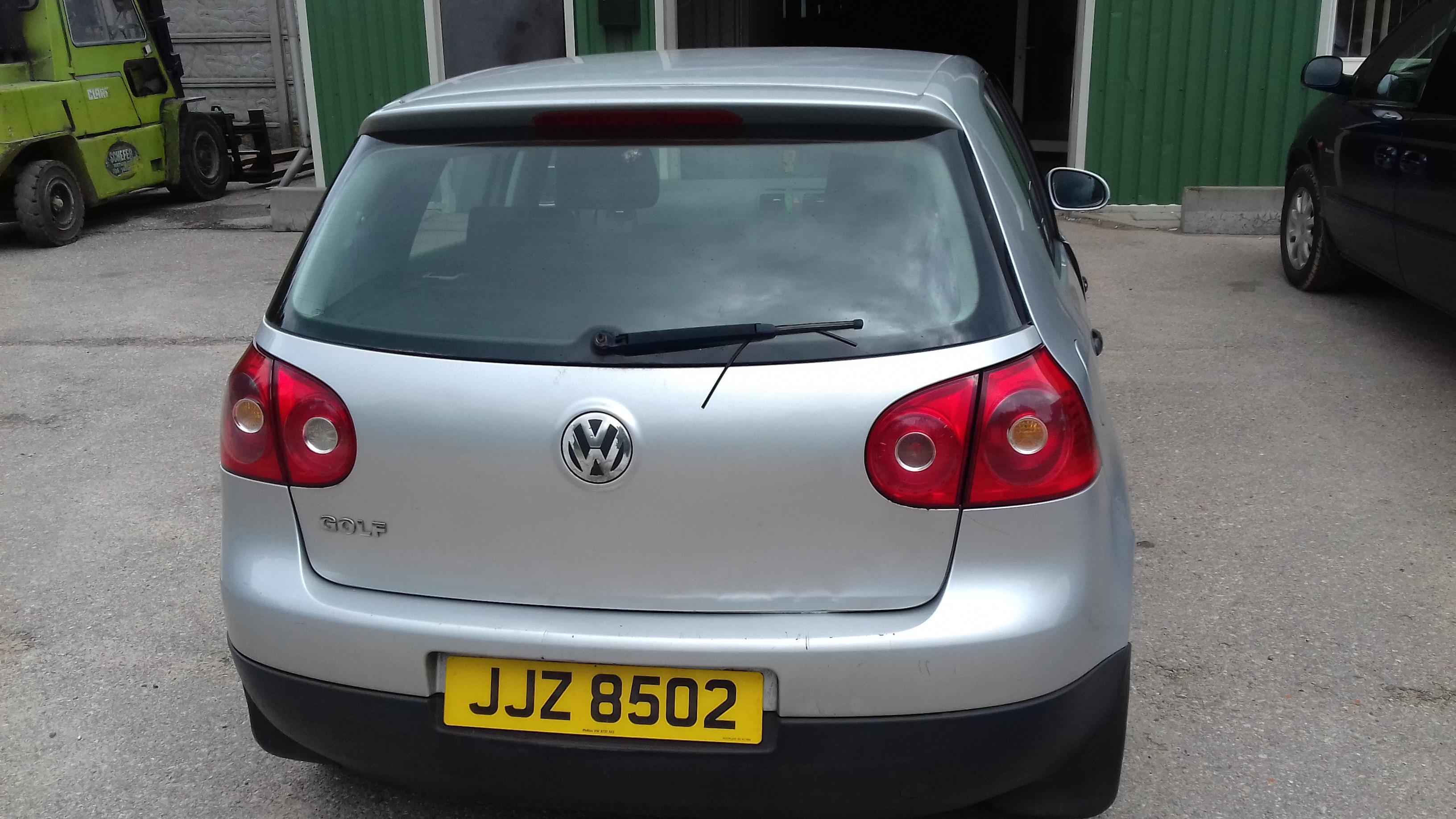 Naudotos automobiliu dallys Foto 5 Volkswagen GOLF 2005 1.9 Mechaninė Hečbekas 4/5 d. Sidabrine 2019-7-10 A4616
