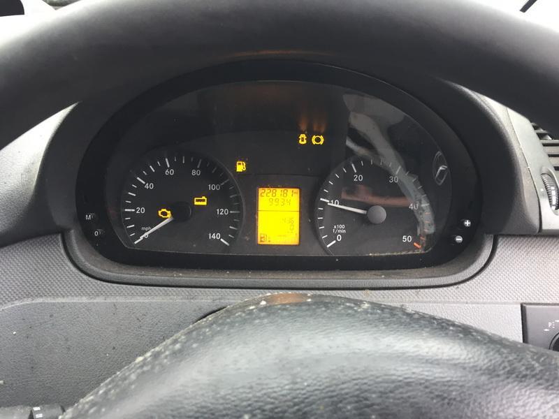 Naudotos automobilio dalys Mercedes-Benz VITO 2009 2.2 Mechaninė Krovininis mikroautobusas 4/5 d. Pilka 2018-12-27