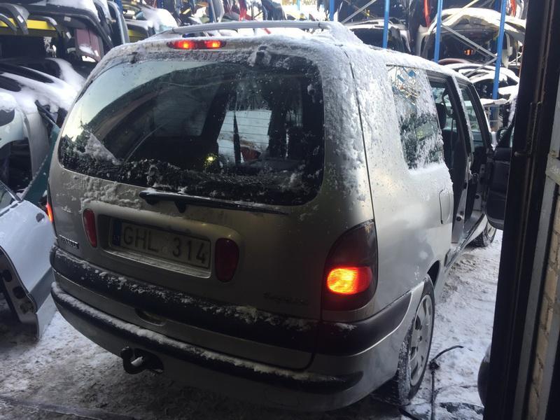 Naudotos automobiliu dallys Foto 7 Renault ESPACE 2002 2.2 Mechaninė Vienatūris 4/5 d. Pilka 2019-1-04 A4248