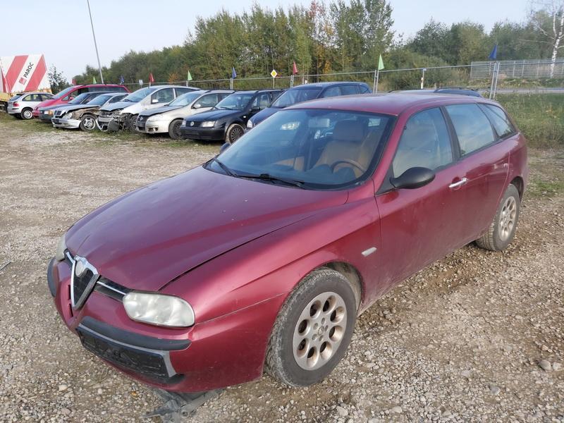 Naudotos automobiliu dallys Foto 4 Alfa-Romeo 156 2001 1.9 Mechaninė Universalas 4/5 d. Raudona 2020-9-30 A5697
