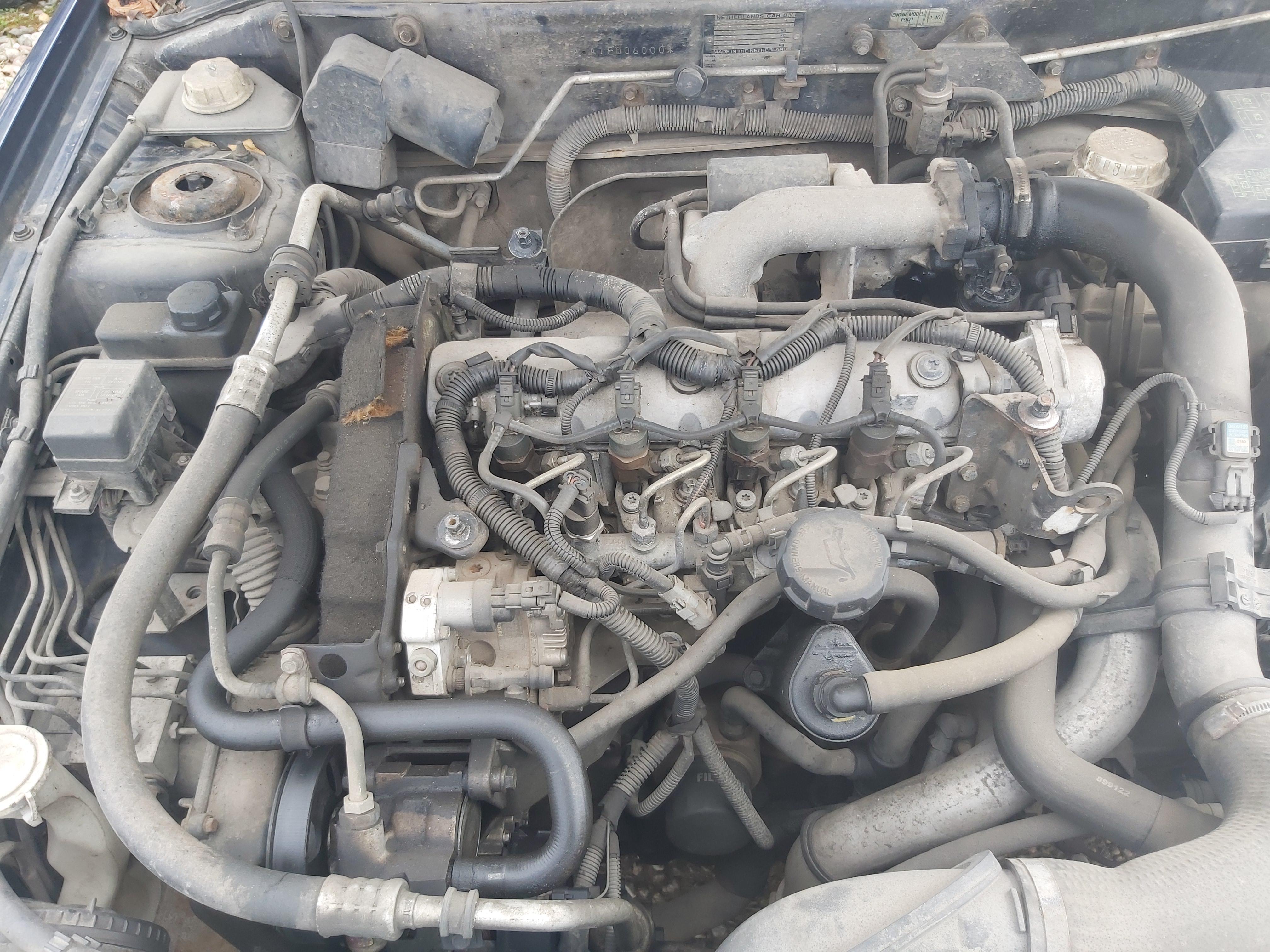 Naudotos automobiliu dallys Foto 2 Mitsubishi CARISMA 2000 1.9 Mechaninė Hečbekas 4/5 d. Melyna 2020-5-06 A5261