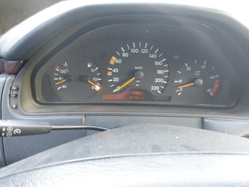 Naudotos automobiliu dallys Foto 6 Mercedes-Benz E-CLASS 1996 2.9 Automatinė Sedanas 4/5 d. Melyna 2020-10-07 A5723