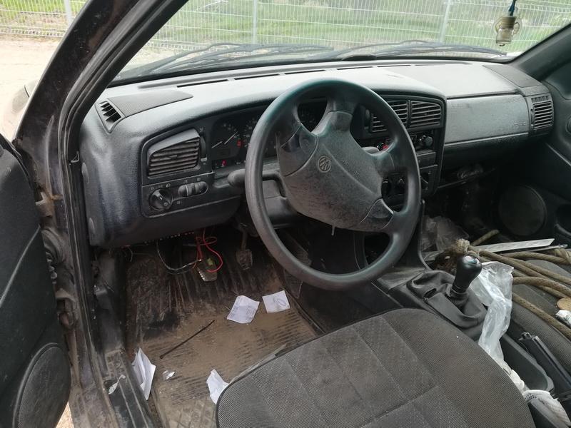 Подержанные Автозапчасти Foto 7 Volkswagen PASSAT 1994 1.9 машиностроение универсал 4/5 d. фиолетовый 2019-5-14 A4492