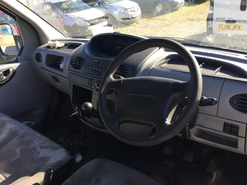 Naudotos automobilio dalys LDV MAXUS 2006 2.5 Mechaninė Krovininis mikroautobusas 2/3 d. Balta 2018-10-01