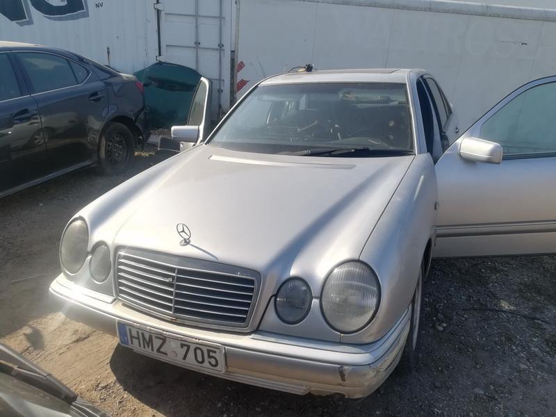 Naudotos automobilio dalys Mercedes-Benz E-CLASS 1998 2.2 Mechaninė Sedanas 4/5 d. Pilka 2019-4-05