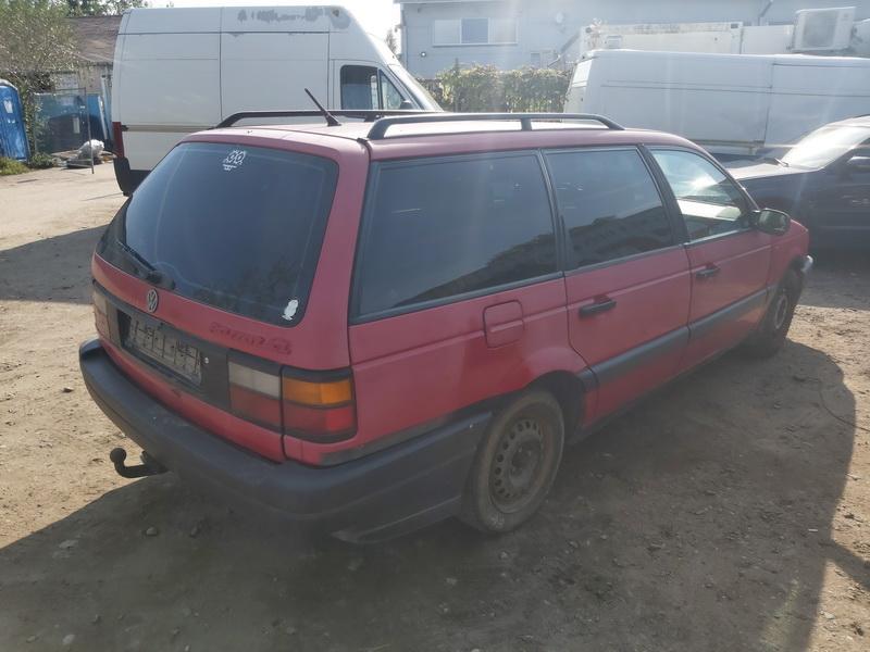 Naudotos automobiliu dallys Foto 9 Volkswagen PASSAT 1991 1.9 Mechaninė Universalas 4/5 d. Raudona 2020-9-16 A5671