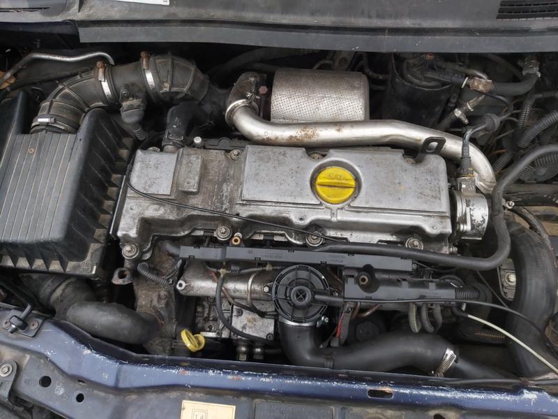 Подержанные Автозапчасти Foto 2 Opel ZAFIRA 2000 2.0 машиностроение минивэн 4/5 d. синий 2020-11-18 A5831