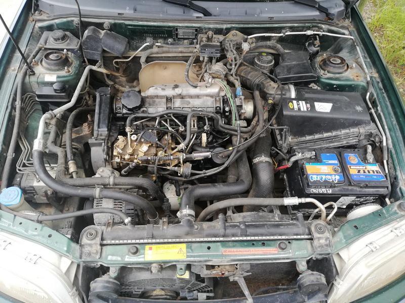 Naudotos automobiliu dallys Foto 2 Volvo S40 1998 1.9 Mechaninė Sedanas 4/5 d. Zalia 2019-8-13 A4706