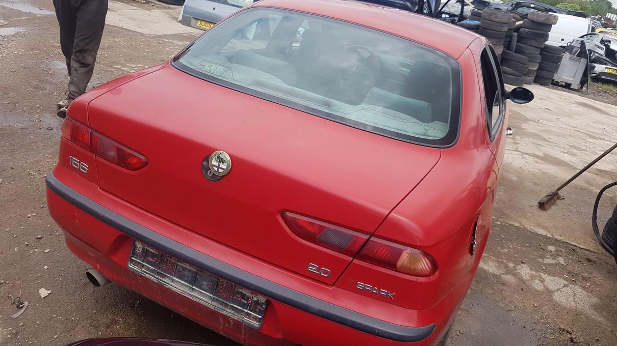 Naudotos automobiliu dallys Foto 7 Alfa-Romeo 156 1998 2.0 Mechaninė Sedanas 4/5 d. Raudona 2017-6-13 A3329