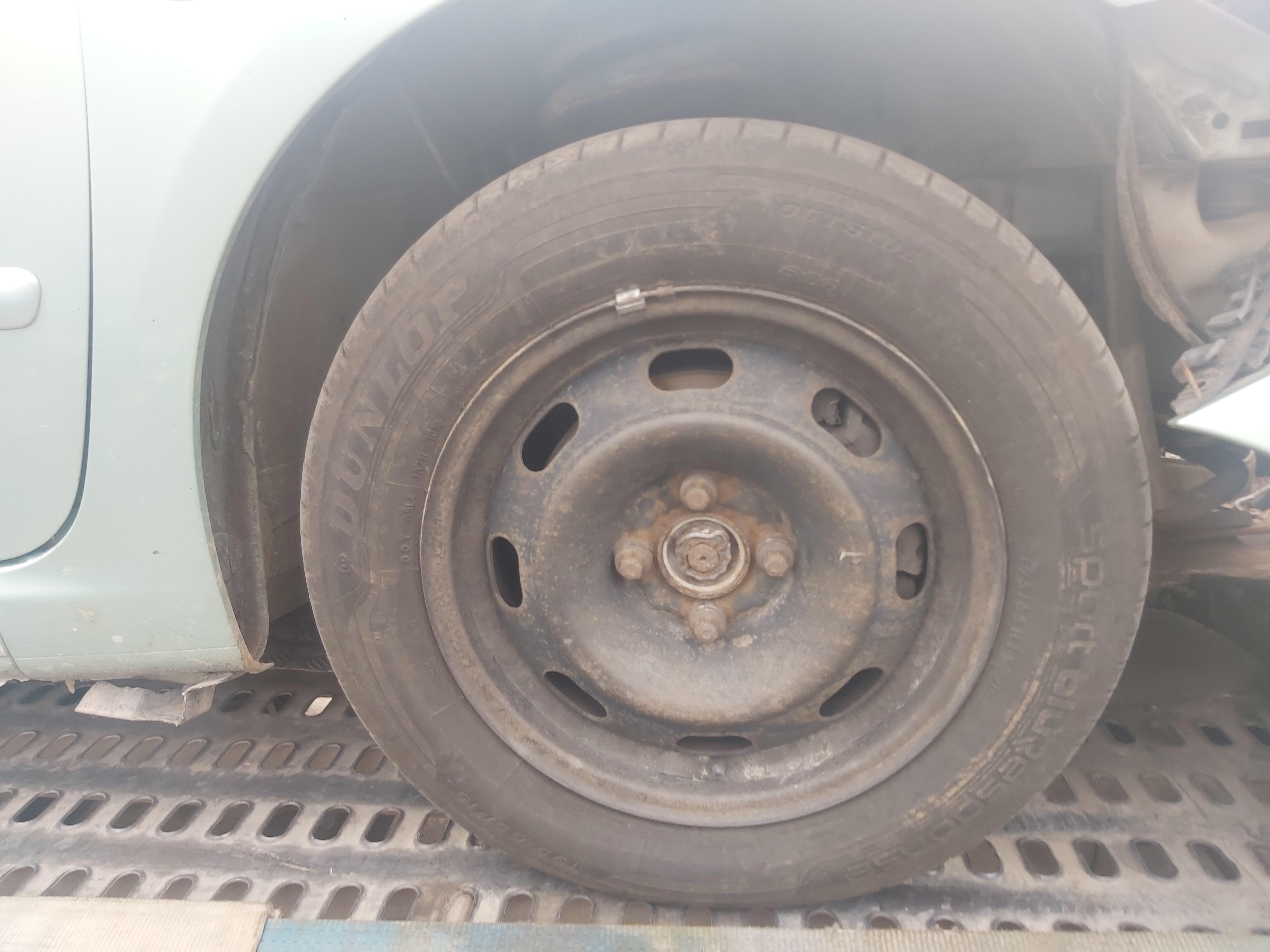 Naudotos automobiliu dallys Foto 7 Peugeot 307 2003 2.0 Mechaninė Universalas 4/5 d. Zalia 2020-7-30 A5478