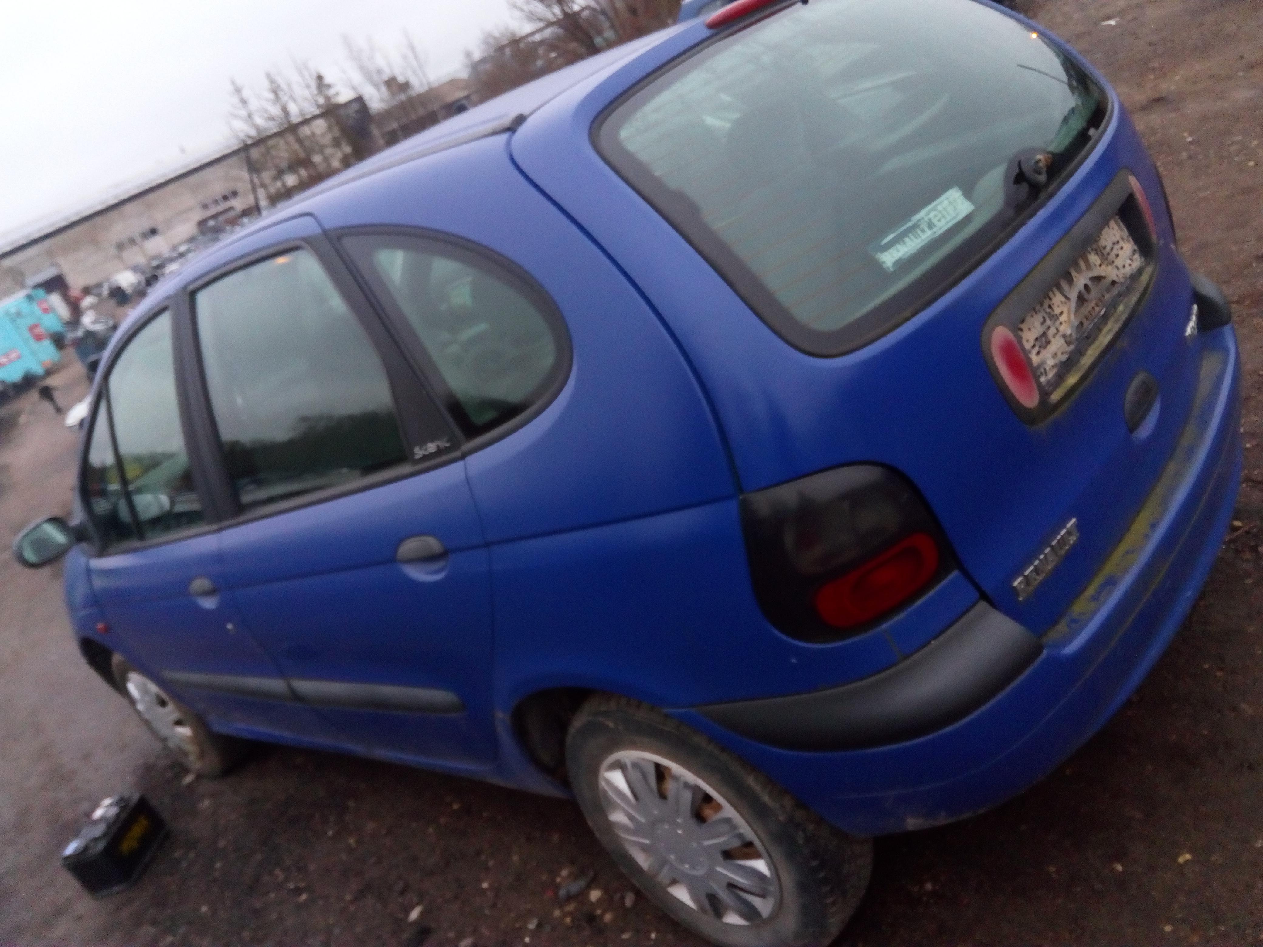 Naudotos automobilio dalys Renault SCENIC 1997 1.6 Mechaninė Vienatūris 4/5 d. Melyna 2018-1-03
