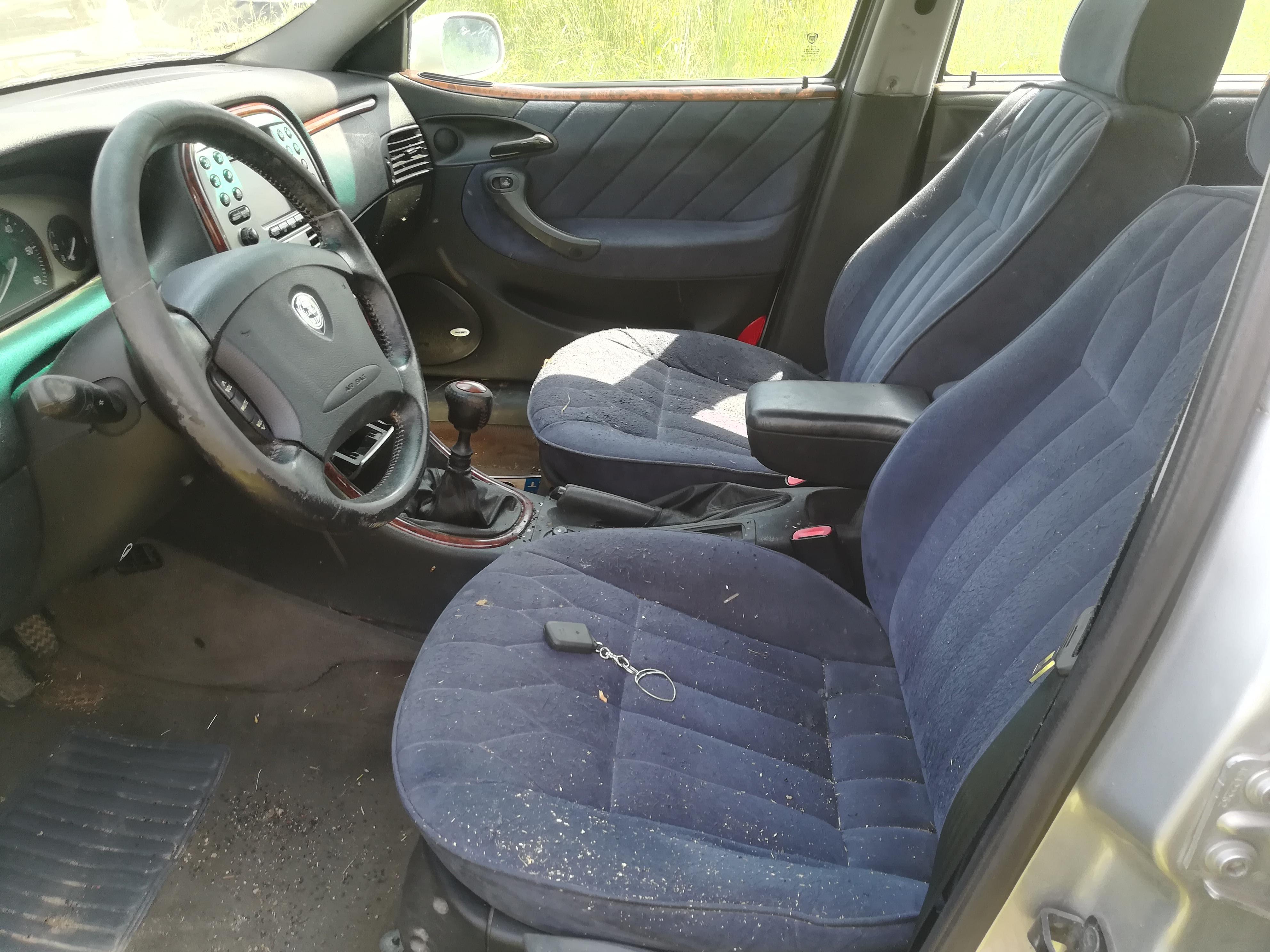 Naudotos automobilio dalys Lancia LYBRA 1999 2.4 Mechaninė Universalas 4/5 d. Sidabrine 2019-6-26