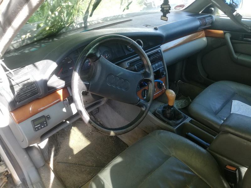 Naudotos automobiliu dallys Foto 8 Audi 100 1991 2.5 Mechaninė Sedanas 4/5 d. Pilka 2019-8-24 A4714
