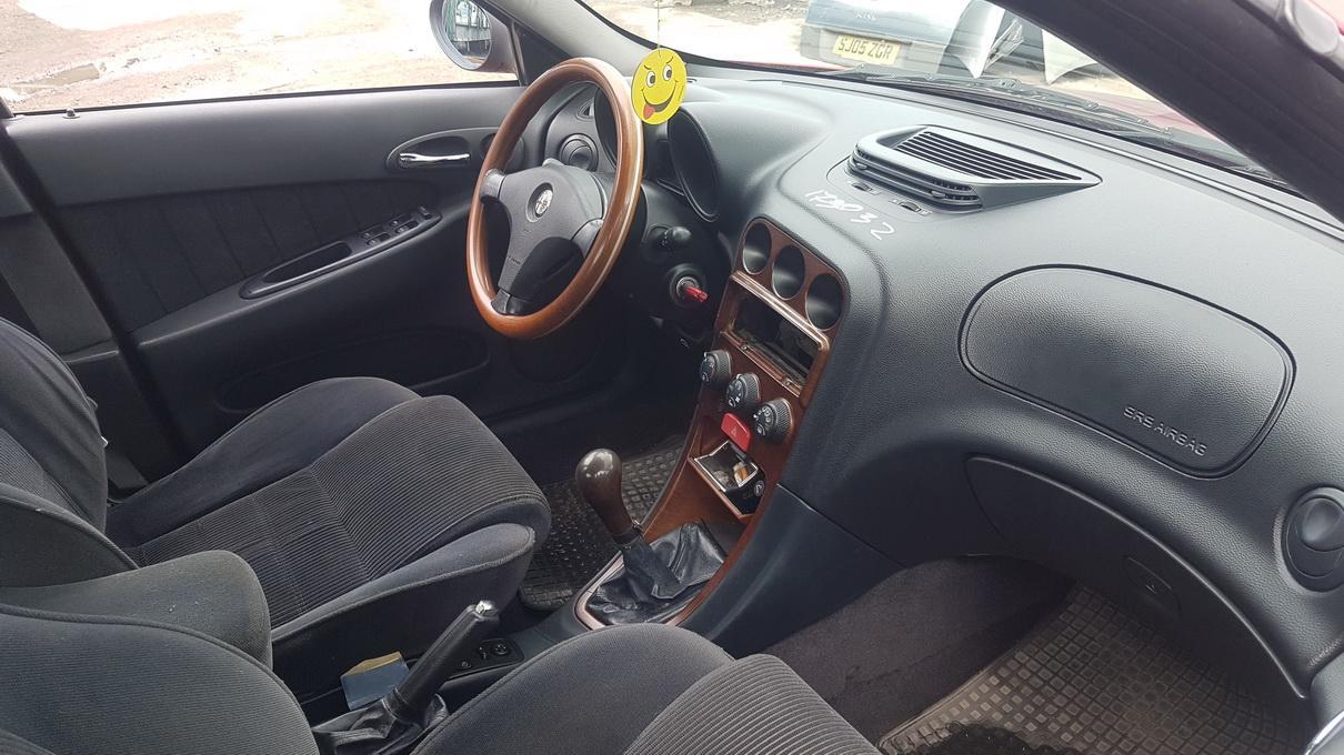 Naudotos automobiliu dallys Foto 5 Alfa-Romeo 156 1998 2.0 Mechaninė Sedanas 4/5 d. Raudona 2017-6-13 A3329