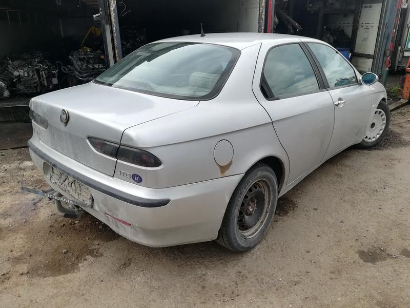 Naudotos automobiliu dallys Foto 8 Alfa-Romeo 156 1998 2.4 Mechaninė Sedanas 4/5 d. Pilka 2019-5-24 A4511