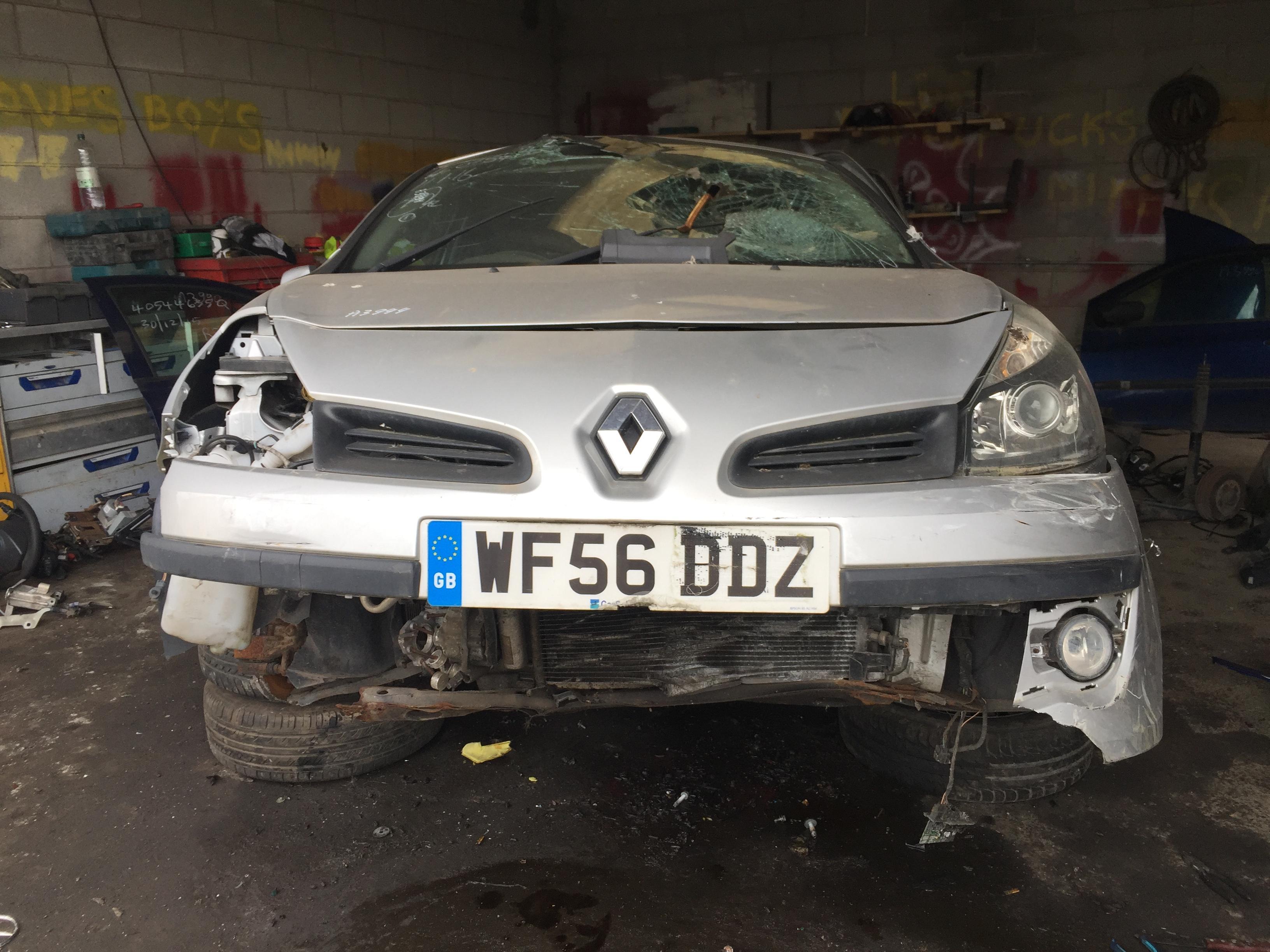 Naudotos automobilio dalys Renault CLIO 2006 1.4 Mechaninė Hečbekas 2/3 d. Sidabrine 2018-8-02