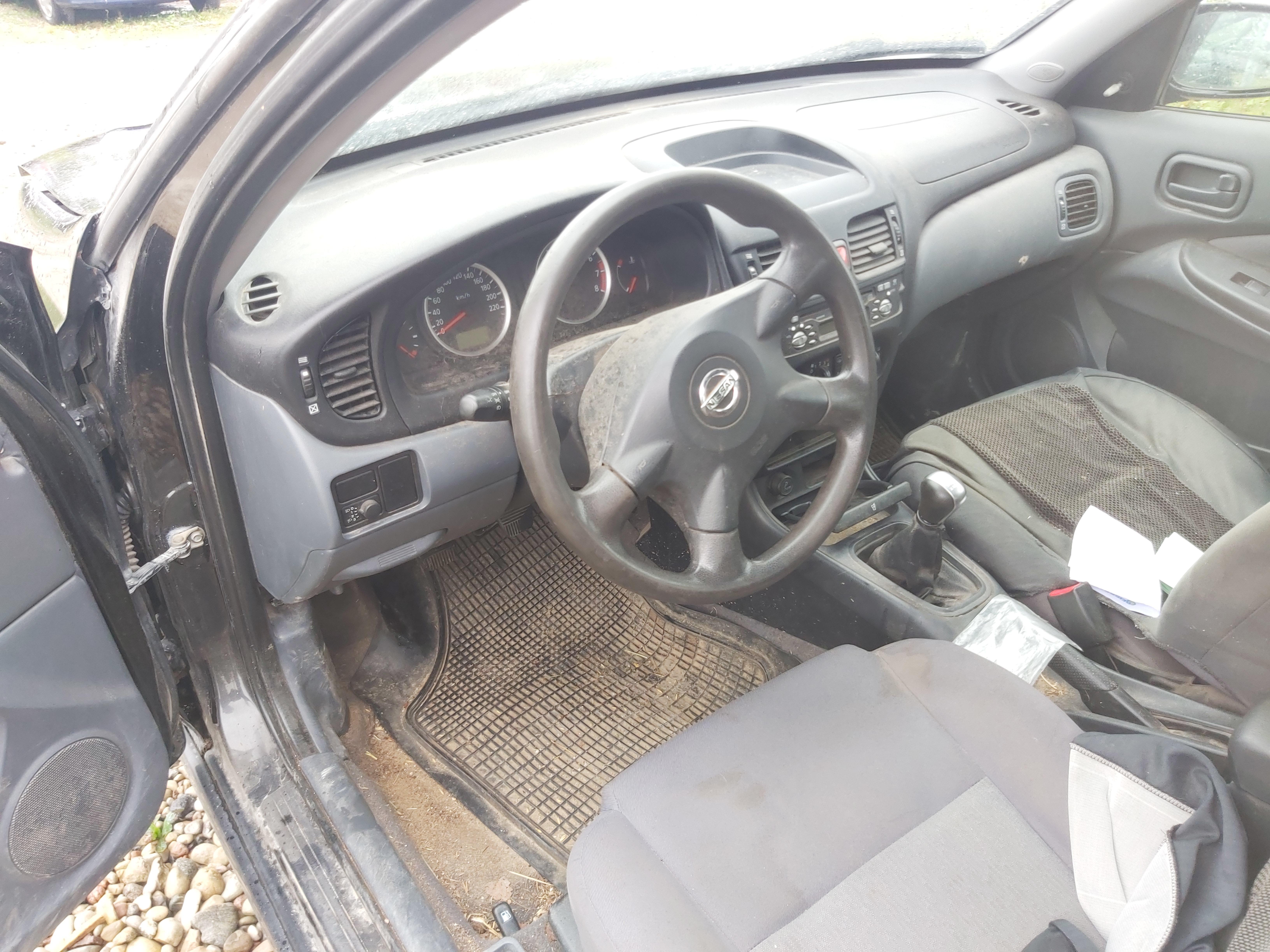 Naudotos automobilio dalys Nissan ALMERA 2004 1.5 Mechaninė Hečbekas 4/5 d. Juoda 2020-8-28