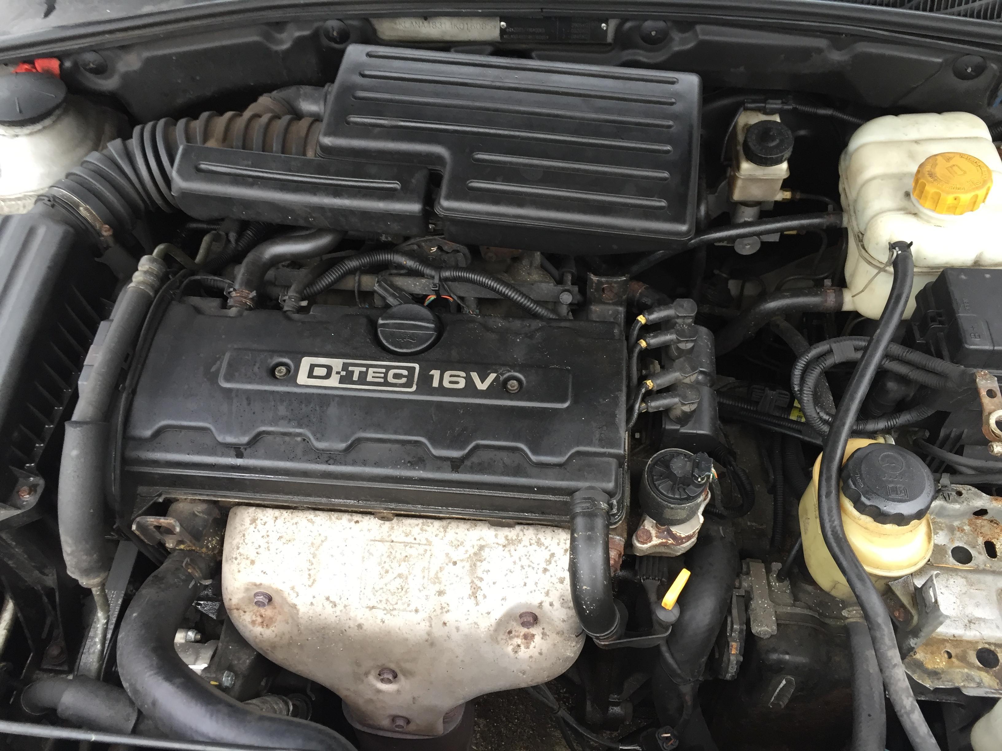 Naudotos automobiliu dallys Foto 5 Chevrolet LACETTI 2004 1.8 Automatinė Hečbekas 4/5 d. Sidabrine 2017-11-07 A3506