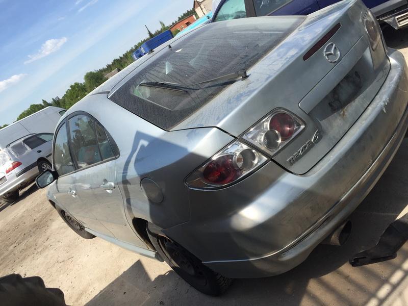 Naudotos automobiliu dallys Foto 6 Mazda 6 2004 2.0 Mechaninė Hečbekas 4/5 d. Sviesiai pilka 2018-5-14 A3752