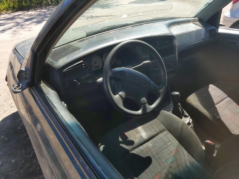 Naudotos automobilio dalys Volkswagen GOLF 1998 1.9 Mechaninė Universalas 4/5 d. Zalia 2020-8-06