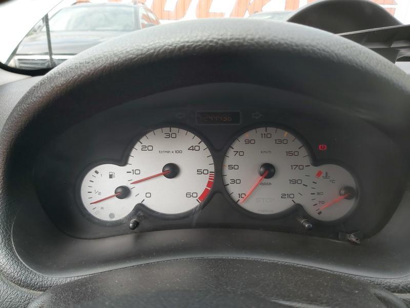 Naudotos automobiliu dallys Foto 10 Peugeot 206 2003 1.4 Mechaninė Universalas 4/5 d. Zalia 2020-7-27 A5464